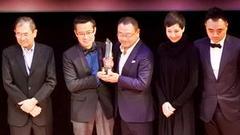 《问题》东京获艺术奖 范伟惜败变装皇后