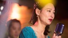惠英红击败周冬雨获最佳女主 红姐第三座影后到手!