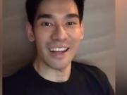 视频:Porsch助阵泰国爱豆月 浓眉大眼显帅气