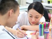 组图:周迅李娜刘宪华公益合体 到访特殊教育学校
