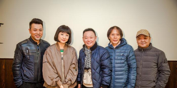 27     确定不再关注此人吗 6张 《北斗之岛城风云》导演马玉辉携演员