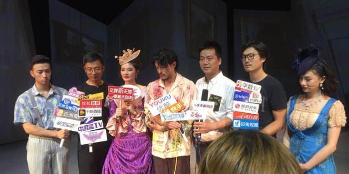 《月亮和六便士》登录沪上舞台 刘令飞担纲男主角