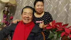 单田芳最后一条微博晒与女儿近照 和网友亲切互动