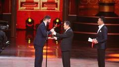 胡军致敬李雪健:行业乱象中他就是榜样的力量