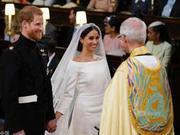 10万人涌入温莎见证哈里王子大婚 带来销售热潮!
