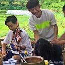 """张杰李诞不爱干活爱""""偷懒""""?何炅:活没少干"""