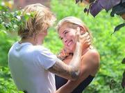 曝比伯与海莉正筹划婚礼 可能在比伯家乡举办
