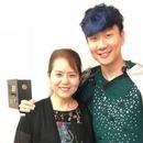張靚穎帶媽媽助陣林俊杰演唱會:帶家裏的迷妹追星
