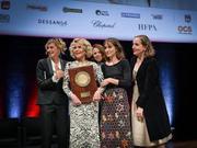 卢米埃尔电影节10周年简·方达获颁大奖受欢呼
