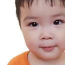黃聖依爲小兒子慶兩歲生日 安麟呆萌乖巧睫毛搶鏡