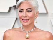 Lady Gaga奥斯卡戴传奇黄钻 上一位佩戴者是赫本