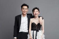 张若昀唐艺昕晒婚纱照宣布结婚:就这样笑一辈子吧