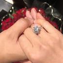 何雯娜曬鑽戒官宣被求婚消息:人生的第二個起點
