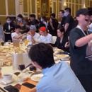 李雲迪聚餐一言不發埋頭吃飯 網友:當代社恐實錄