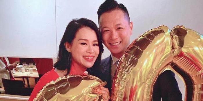 胡杏儿获老公超甜蜜庆生:40岁的成就 18岁的样貌