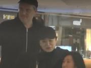 63岁林青霞约外籍男看电影 戴同款帽子一路畅聊