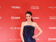 张榕容《素人特工》出席上影节 挑战出演废柴刑警