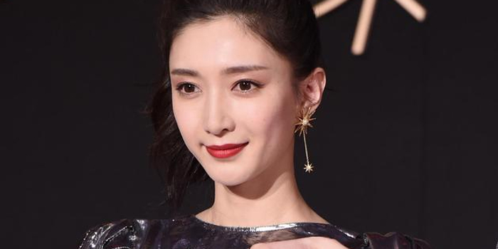 江疏影回应与佟丽娅番位争议:番位非演员界定标准