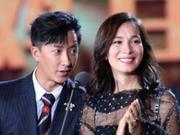 韩庚携女友空降粉丝群 卢靖姗:可以寄芒果给你们