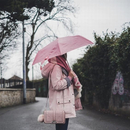 """装备不能少 雨天也要做个""""时髦精"""""""