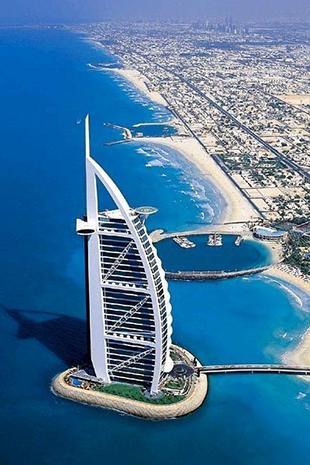 为什么全世界的人都喜欢去迪拜撒钱?