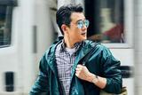 佟大为香港街拍大片曝光 长腿型男演绎复古运动风