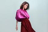 李沁登杂志封面 演绎早秋多变时尚风格