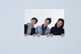三鲜肉登《风度men's uno Young 》12月封面