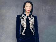 2018微博之夜红毯辣评:姚晨丝绒开衩群秀长腿