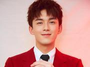 2019央视春晚明星造型热评:红装少年吴磊演绎年味帅气