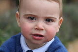 路易斯王子曝周岁照!长相是乔治夏洛特结合体