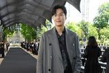 李敏镐皮衣造型现身巴黎男装周 霸道总裁范抢镜