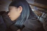解锁新发色!多多蓝黑发变身COOL GIRL