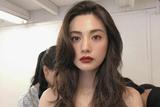 看林珍娜的全涂唇妆 可比泫雅大红唇美多了!