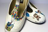 鞋上的艺术 艺术家6年手绘1000多双定制鞋