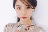 时装周惊鸿一瞥的绿裙子小姐姐(图)