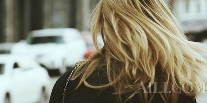 不怕闪耀颜色晒太阳照样风吹绿色喂饱头发满秀发光泽什么瞳孔的头发图片
