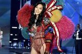 2017维多利亚的秘密大秀上的7位中国超模