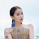 戛纳第四日:辛芷蕾羽毛装化身白天鹅 关晓彤巴洛克上演女王范儿