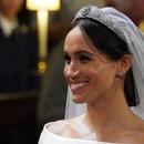 钻石是梅根心头爱 王室大婚她挑了玛丽皇后钻石发带皇冠