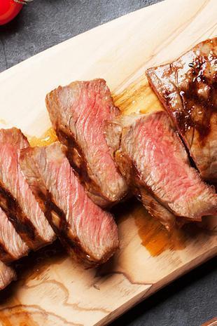 被沙拉虐了整个春天的你 是时候吃顿好牛肉了