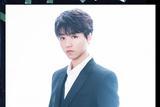 王俊凯助阵2017微博之夜  少年长成的轻熟美男