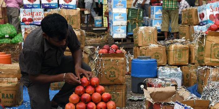 美媒:因债务问题印度二季度经济增速降至六年最低点