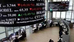 全球股市抛售浪潮继续 欧股开盘下跌0.44%