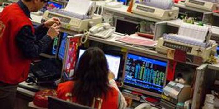 港股重跌逆向ETF受捧 FI二南方恒指涨逾7%