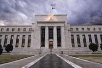 美联储谨慎态度打压美元 但加息周期或并未结束