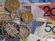 新西兰联储降息50基点至纪录新低 汇市惊现百点行情