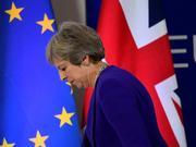 英国势将长期延迟脱欧 特里莎-梅的首相之位岌岌可危