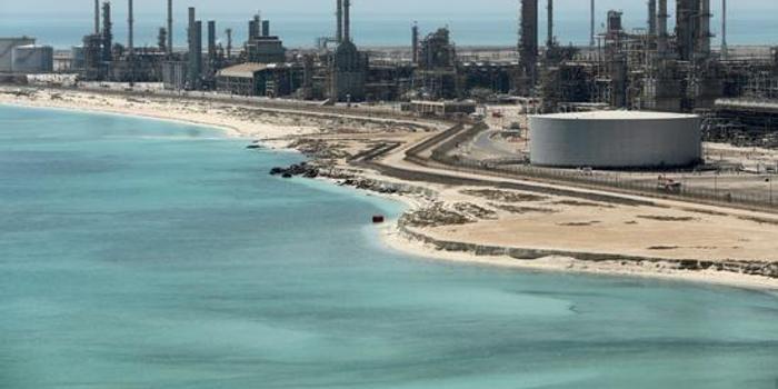 伊朗制裁收紧后,美国与沙特或为增产问题暗中角力