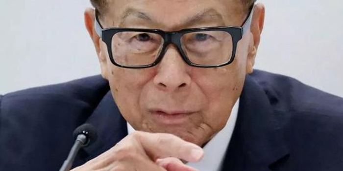 李嘉诚被曝24亿购入国内地产项目 万科系运营2年退出